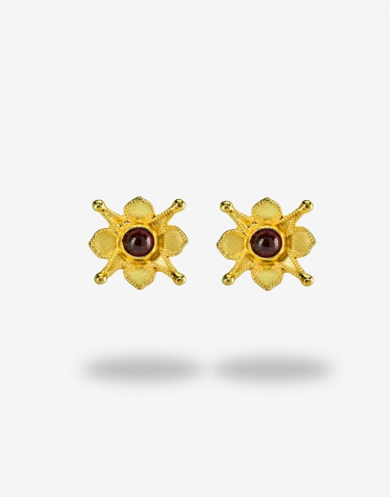 Flower garnet earrings