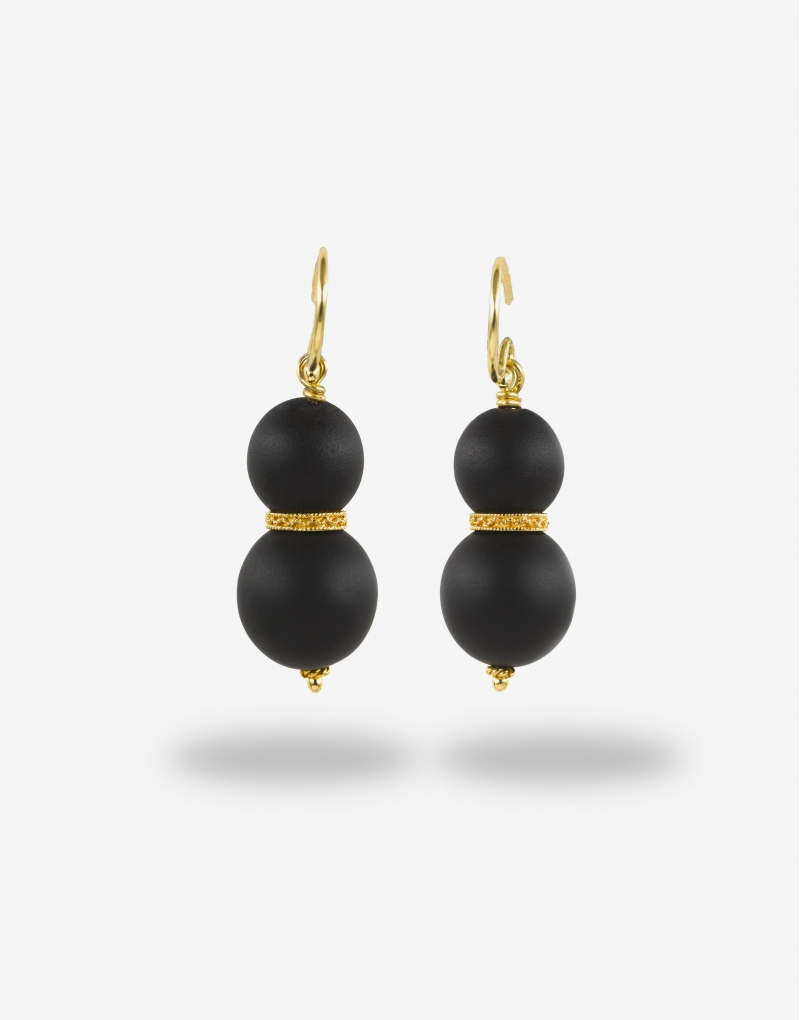 Onyx satin earrings