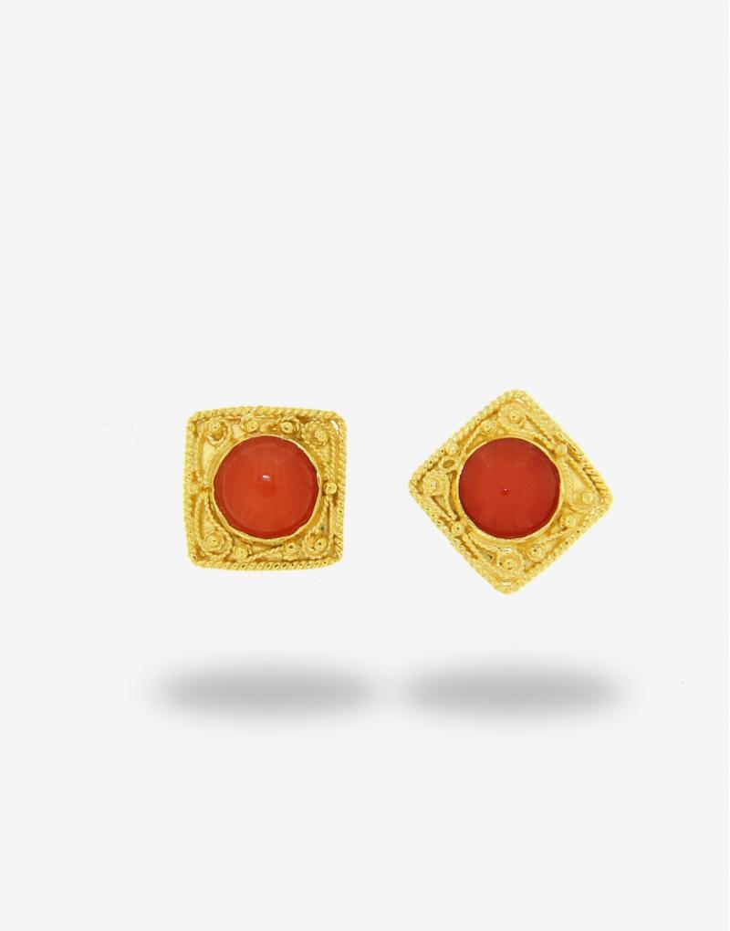 Corallo quadro stud earrings