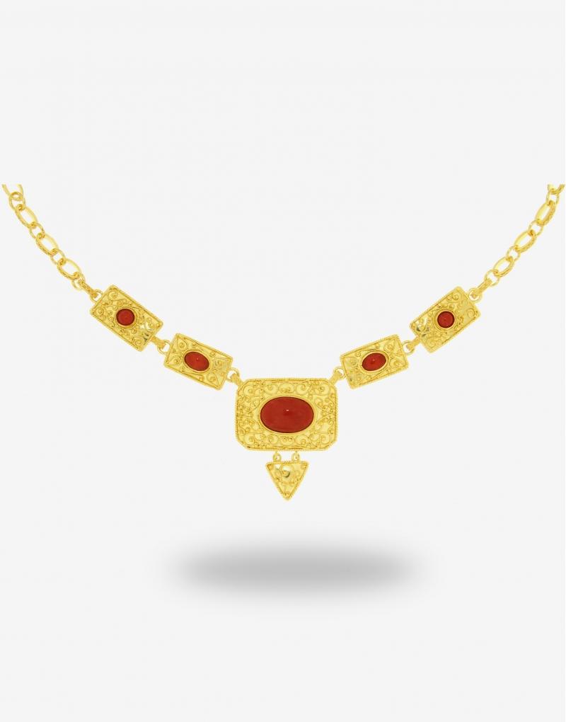 Corallo centrale quadro necklace